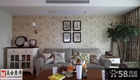 田园风格客厅沙发背景墙壁纸图片