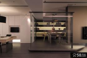 现代风格三室一厅室内隔断设计图片