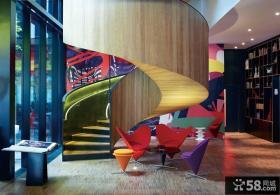 现代别墅旋转楼梯设计