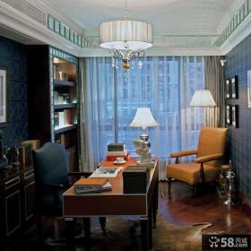 厚重美式混搭三居室装修效果图