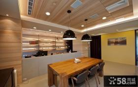 现代风格餐厅天花吊顶效果图