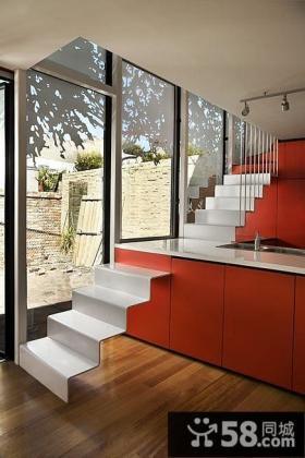 三层别墅室内楼梯设计