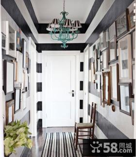 黑白经典配色打造现代复式楼玄关装修效果图