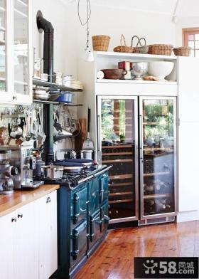 清新混搭工业风格厨房设计