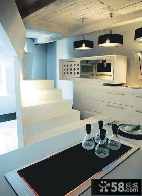 复式楼现代厨房装修效果图