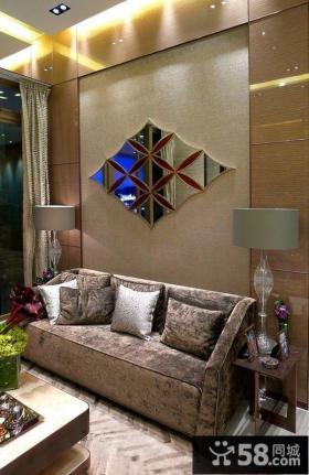 复式楼装修效果图 暗色调客厅设计