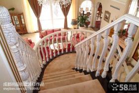 别墅旋转楼梯装修效果图片