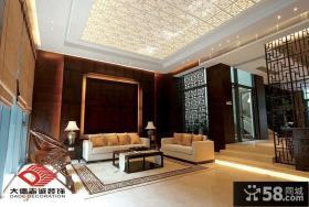 中式别墅客厅镂空雕花吊顶效果图